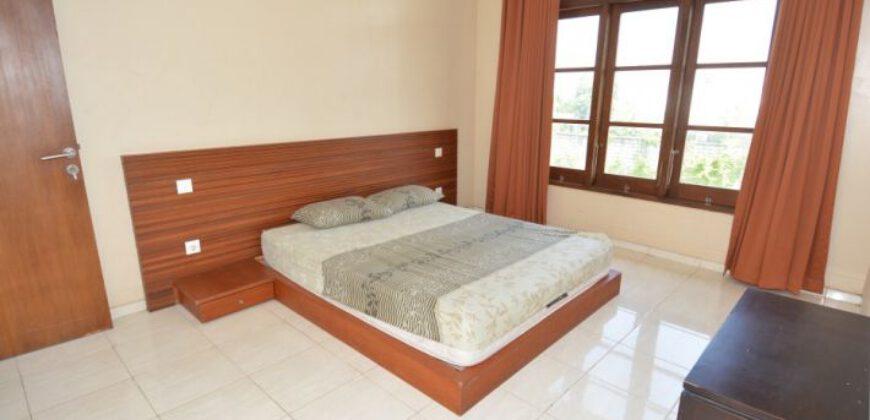 Villa Irvine in Kerobokan – AY480
