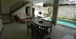 Villa Claremont in Kerobokan – AY391