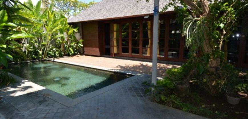 Villa Turlock in Kerobokan – AY555