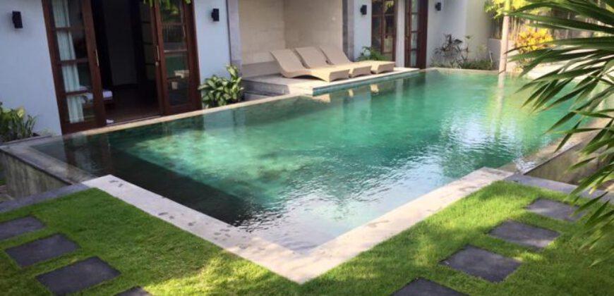 Villa Honolulu in Seminyak – AY824