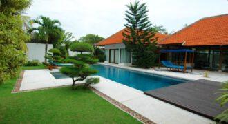 Villa Lorraine in Sanur – YA72