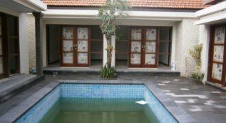 Villa Lune in Sanur – YA85