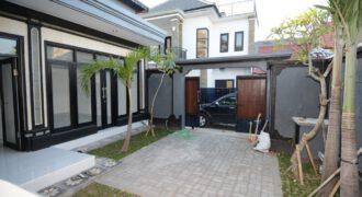 Villa Taylor in Kerobokan – AY425
