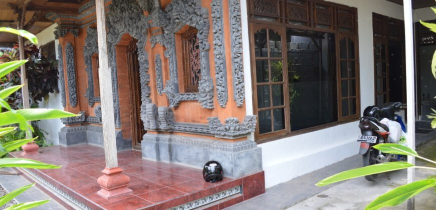 House Biber in Kerobokan – AR103