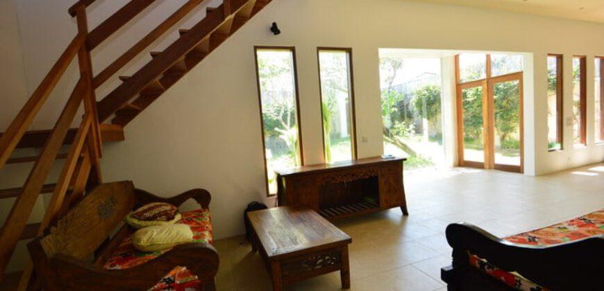 House Tina in Berawa – AR621