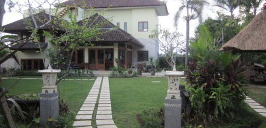 Villa Inul in Berawa – ML074x