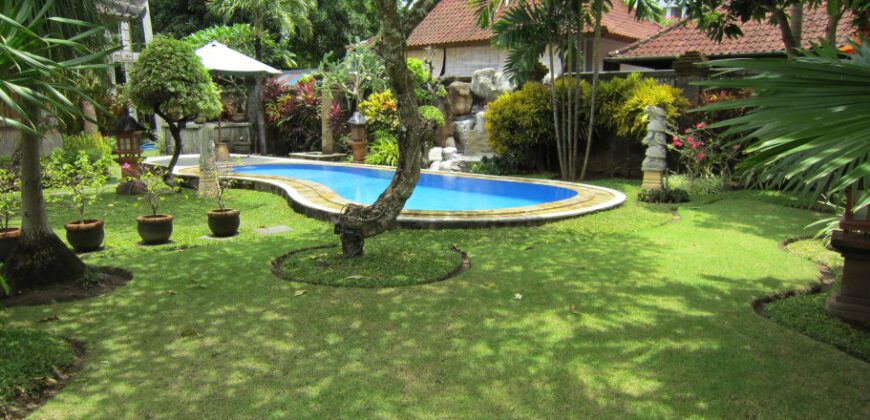Villa Pasar in Sanur – YK097