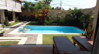 Villa Jules in Umalas – YA427