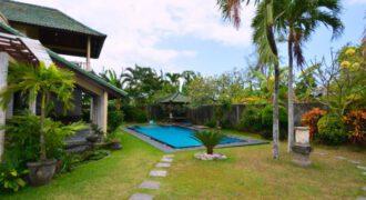 Villa Keluarga in Sanur – AY323