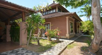 House Ronstadt in Sanur – AY463