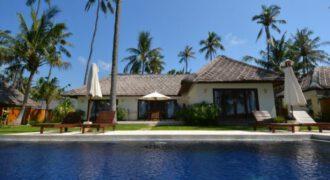 Villa Sarinande in Karangasem – AY570
