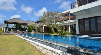 Bali Long Term Rental Villa Adeline in Nusa Dua