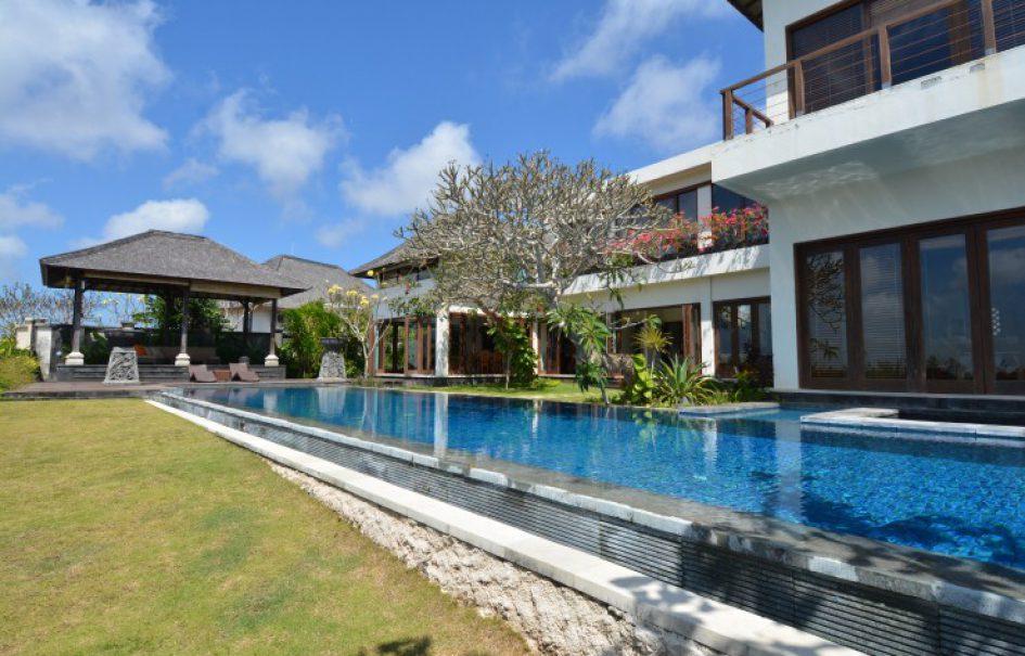 3-bedroom Villa Adeline in Nusa Dua